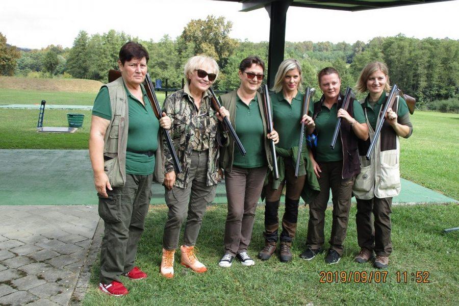 Udruga lovkinja Dama dama po četvrti put na revijalnom natjecanju u Bzenici